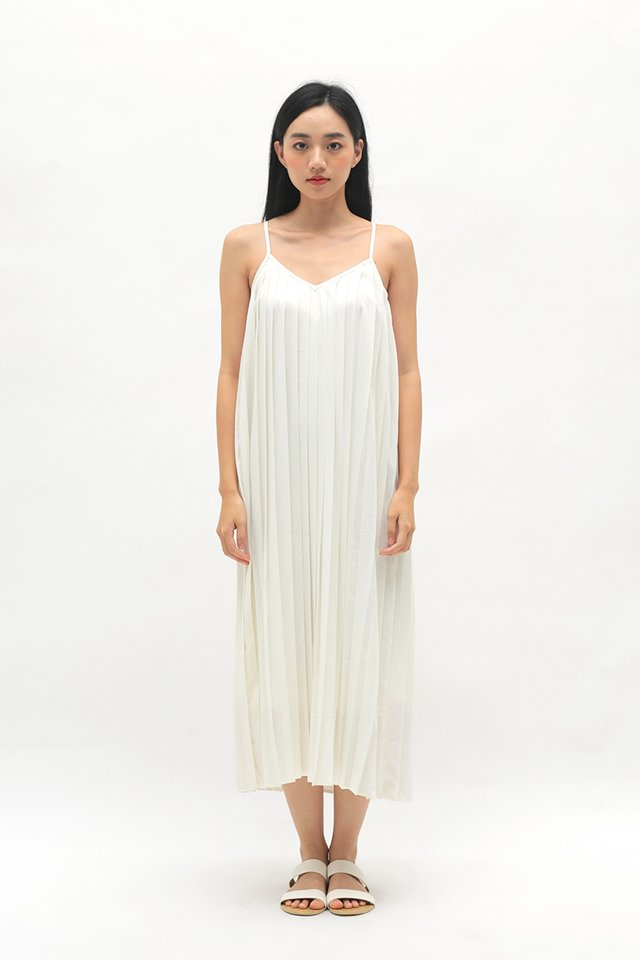 SHARISSA PLEATED TWO WAY DRESS IN WHITE