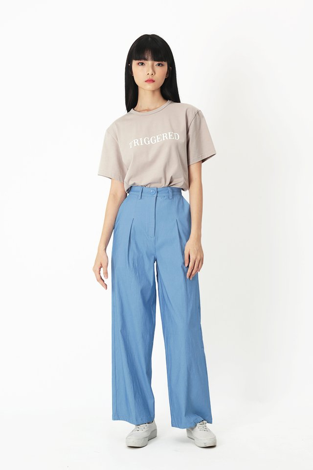 JAYMES STRAIGHT LEG PANTS IN LIGHT WASH