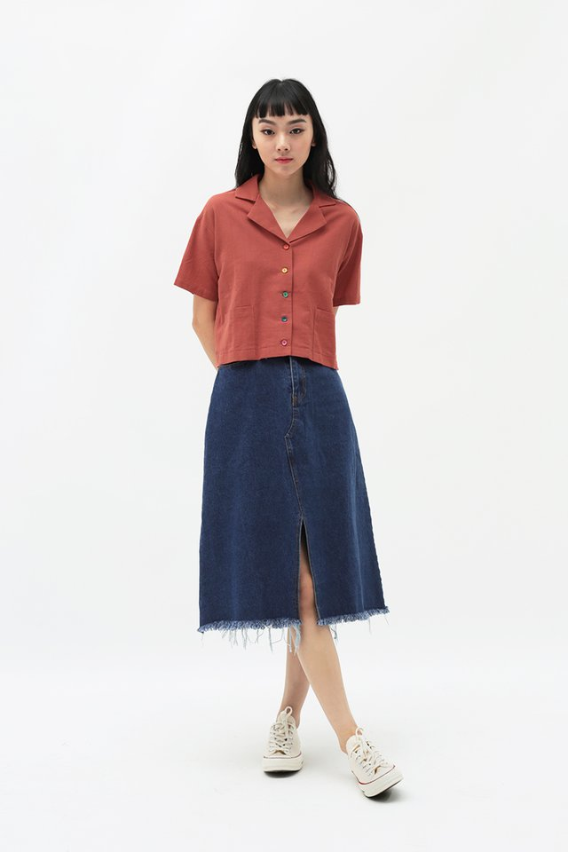 JACKIE DENIM SKIRT IN DARK WASH