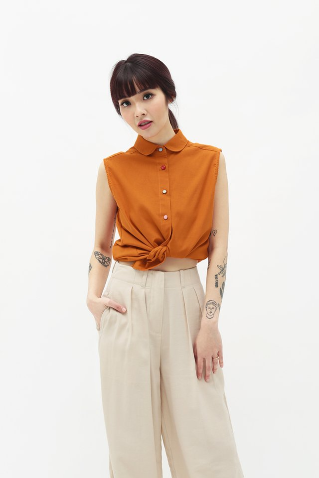 CUTE AS A BUTTON BLOUSE IN TANGERINE