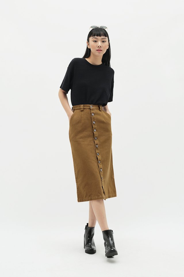 JOELLE PENCIL SKIRT IN CARAMEL