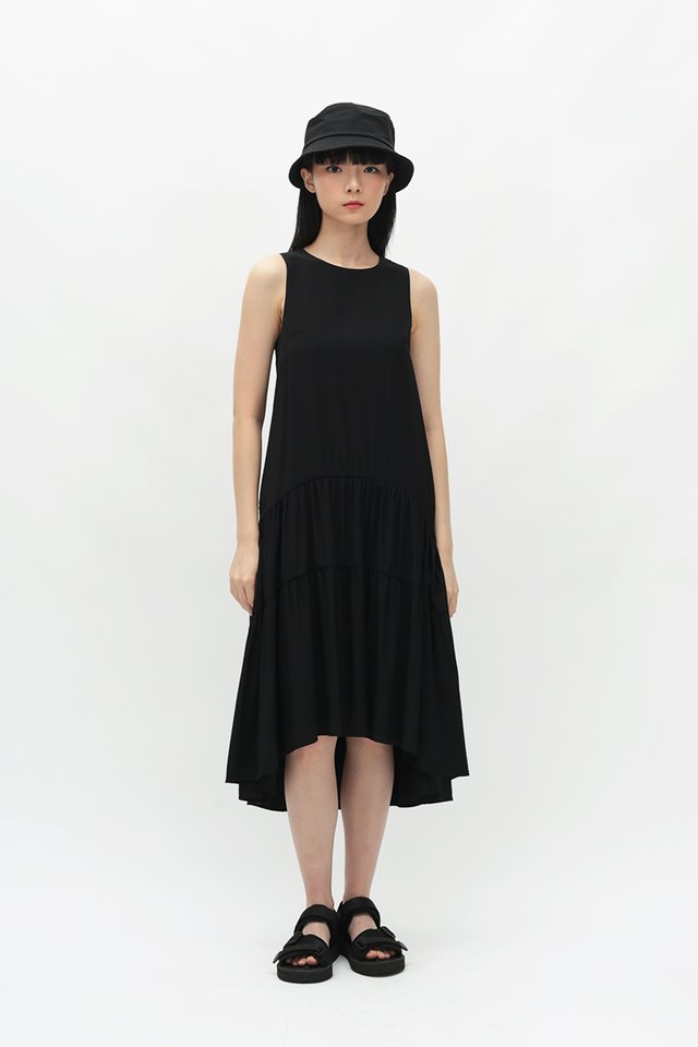 REINA DROP HEM DRESS IN BLACK