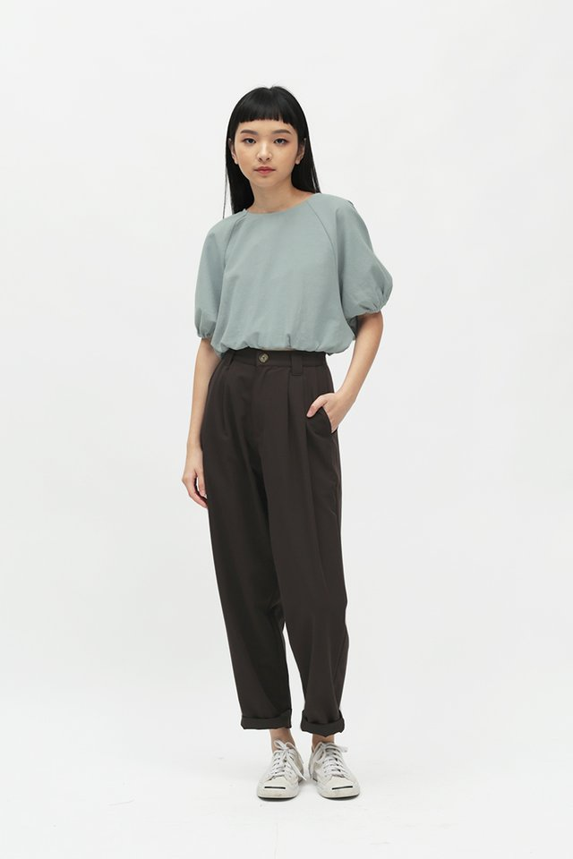 ASHBY PLEATED PANTS IN UMBER