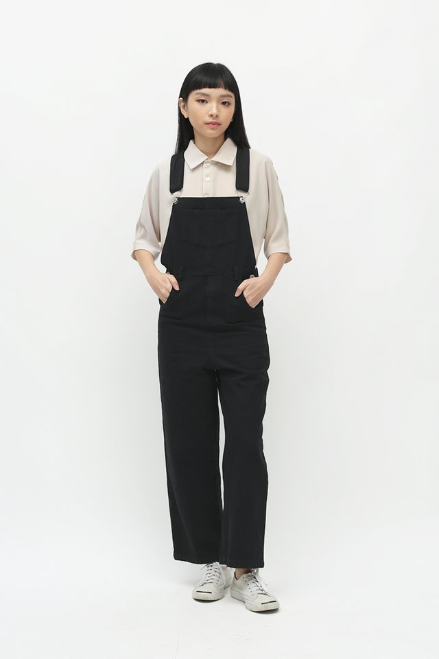 ASHTON STRAIGHT-CUT DUNGAREES IN BLACK